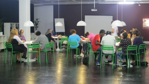 SFI's activities in the temporary classroom at Tensta Konsthall and at Järvafältet, 2014